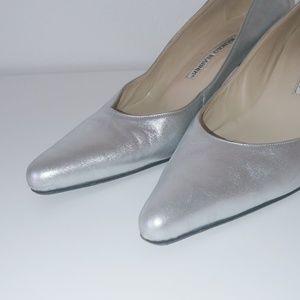 Manolo Blahnik Shoes - Manolo Blahnik silver low heel pointed toe pumps